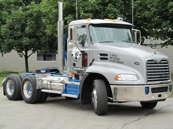 Mack Truck 2